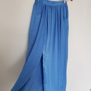 NWT long maxi skirt size small blue